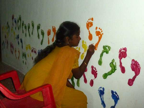 footprint_wall_-_touching_up_the_p_20130706_1698965218